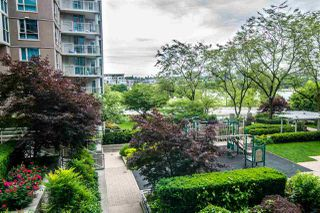 "Photo 17: 201 1318 HOMER Street in Vancouver: Yaletown Condo for sale in ""GOVERNOR'S TOWER & VILLAS"" (Vancouver West)  : MLS®# R2397145"