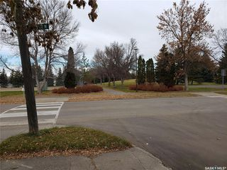 Photo 1: 1539 E Avenue North in Saskatoon: Mayfair Residential for sale : MLS®# SK790461