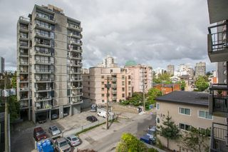 """Photo 14: 501 1720 BARCLAY Street in Vancouver: West End VW Condo for sale in """"LANCASTER GATE"""" (Vancouver West)  : MLS®# R2458433"""