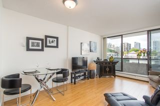 """Photo 3: 501 1720 BARCLAY Street in Vancouver: West End VW Condo for sale in """"LANCASTER GATE"""" (Vancouver West)  : MLS®# R2458433"""