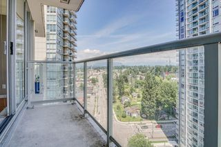 "Photo 7: 1503 9981 WHALLEY Boulevard in Surrey: Whalley Condo for sale in ""Park Place Two"" (North Surrey)  : MLS®# R2469474"