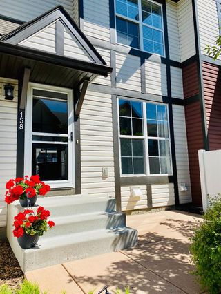 Photo 14: 158 NEW BRIGHTON Villas SE in Calgary: New Brighton Row/Townhouse for sale : MLS®# A1011356