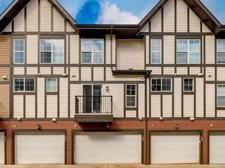 Photo 18: 158 NEW BRIGHTON Villas SE in Calgary: New Brighton Row/Townhouse for sale : MLS®# A1011356