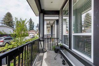 Photo 2: 5986 131 Street in Surrey: Panorama Ridge House for sale : MLS®# R2481235