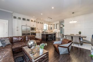 Photo 10: 5986 131 Street in Surrey: Panorama Ridge House for sale : MLS®# R2481235