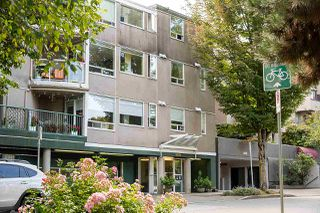 "Photo 1: 304 908 W 7TH Avenue in Vancouver: Fairview VW Condo for sale in ""LAUREL BRIDGE"" (Vancouver West)  : MLS®# R2495437"