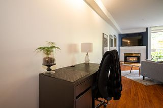 "Photo 4: 304 908 W 7TH Avenue in Vancouver: Fairview VW Condo for sale in ""LAUREL BRIDGE"" (Vancouver West)  : MLS®# R2495437"