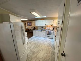 """Photo 11: 19 2306 198 Street in Langley: Brookswood Langley Manufactured Home for sale in """"CEDAR LANE SENIORS PARK"""" : MLS®# R2497884"""