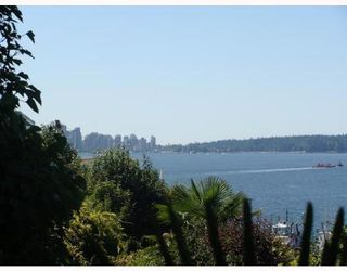 Photo 4: 2527 WALL ST in Vancouver: Home for sale (Hastings East)  : MLS®# V800415