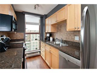 "Photo 2: 1006 1633 W 8TH Avenue in Vancouver: Fairview VW Condo for sale in ""FIRCREST"" (Vancouver West)  : MLS®# V957955"