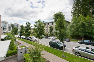 """Photo 10: 206 9188 UNIVERSITY Crescent in Burnaby: Simon Fraser Univer. Condo for sale in """"ALTAIRE"""" (Burnaby North)  : MLS®# V960476"""