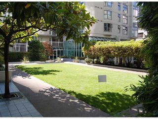 """Photo 7: # B1201 1331 HOMER ST in Vancouver: Yaletown Condo for sale in """"PACIFIC POINT"""" (Vancouver West)  : MLS®# V970137"""