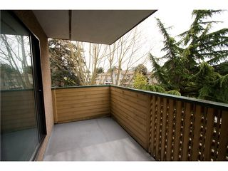 "Photo 10: 324 8651 WESTMINSTER Highway in Richmond: Brighouse Condo for sale in ""LANSDOWNE SQUARE"" : MLS®# V1003978"