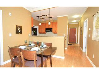 "Photo 3: 308 2655 CRANBERRY Drive in Vancouver: Kitsilano Condo for sale in ""NEW YORKER"" (Vancouver West)  : MLS®# V1017086"