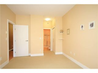 "Photo 7: 308 2655 CRANBERRY Drive in Vancouver: Kitsilano Condo for sale in ""NEW YORKER"" (Vancouver West)  : MLS®# V1017086"