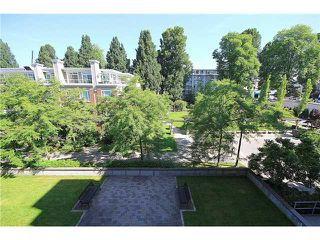 "Photo 12: 308 2655 CRANBERRY Drive in Vancouver: Kitsilano Condo for sale in ""NEW YORKER"" (Vancouver West)  : MLS®# V1017086"
