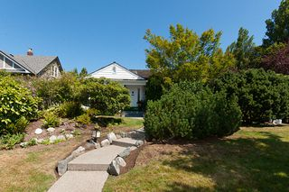 Photo 1: 1607 W 57TH AV in Vancouver: South Granville House for sale (Vancouver West)  : MLS®# V1020158