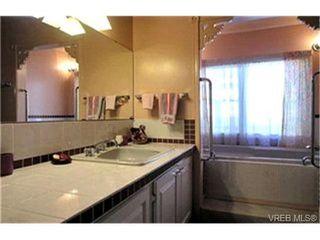 Photo 9:  in VICTORIA: La Glen Lake House for sale (Langford)  : MLS®# 399421