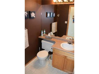 Photo 17: 2 Tilstone Bay in WINNIPEG: St Vital Residential for sale (South East Winnipeg)  : MLS®# 1416435