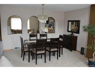 Photo 3: 2 Tilstone Bay in WINNIPEG: St Vital Residential for sale (South East Winnipeg)  : MLS®# 1416435