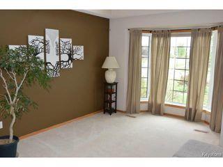 Photo 2: 2 Tilstone Bay in WINNIPEG: St Vital Residential for sale (South East Winnipeg)  : MLS®# 1416435