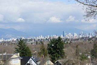 Photo 2: 3502 W. 16th Avenue in Vancouver: Dunbar House for sale (Vancouver West)