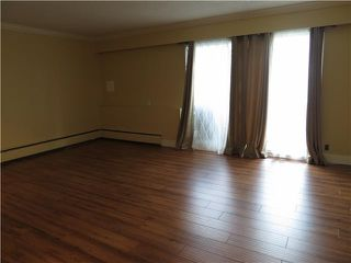 Photo 3: # 111 11816 88TH AV in Delta: Annieville Condo for sale (N. Delta)  : MLS®# F1448247