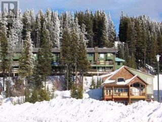 Main Photo: 907 - 225 CLEARVIEW ROAD in APEX MOUNTAIN RESORT: House for sale : MLS®# 157926
