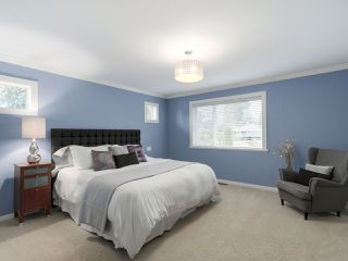 Photo 12: 826 COYLTON PLACE in Port Moody: Glenayre House for sale : MLS®# R2042044