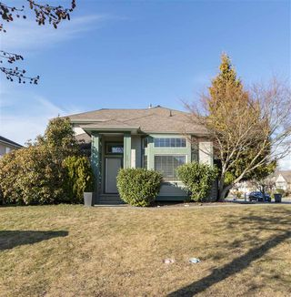 Photo 1: 18295 68 AVENUE in Surrey: Cloverdale BC House for sale (Cloverdale)  : MLS®# R2345220