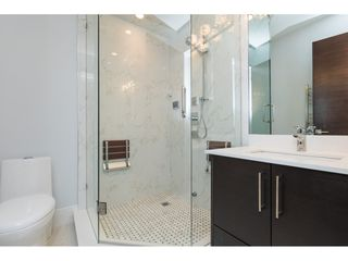 Photo 18: 14622 W BEACH AVENUE: White Rock House for sale (South Surrey White Rock)  : MLS®# R2343991