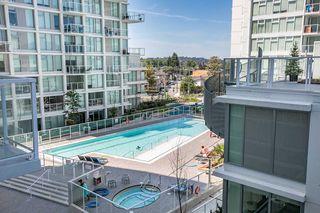 "Photo 2: 701 2220 KINGSWAY in Vancouver: Victoria VE Condo for sale in ""KENSINGTON GARDEN"" (Vancouver East)  : MLS®# R2388023"