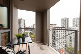 """Photo 14: 1601 850 ROYAL Avenue in New Westminster: Downtown NW Condo for sale in """"The Royalton"""" : MLS®# R2407990"""