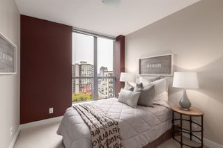 """Photo 12: 1601 850 ROYAL Avenue in New Westminster: Downtown NW Condo for sale in """"The Royalton"""" : MLS®# R2407990"""