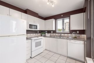 """Photo 5: 1601 850 ROYAL Avenue in New Westminster: Downtown NW Condo for sale in """"The Royalton"""" : MLS®# R2407990"""