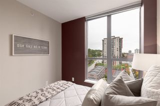 """Photo 13: 1601 850 ROYAL Avenue in New Westminster: Downtown NW Condo for sale in """"The Royalton"""" : MLS®# R2407990"""