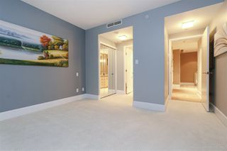 """Photo 15: 1003 323 JERVIS Street in Vancouver: Coal Harbour Condo for sale in """"ESCALA"""" (Vancouver West)  : MLS®# R2421666"""