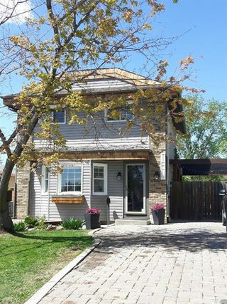 Photo 2: 10 Corton Place South in Winnipeg: River Park South Residential for sale (2F)  : MLS®# 202012281