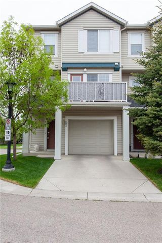 Main Photo: 203 Copperfield SE in Calgary: Copperfield Row/Townhouse for sale : MLS®# C4299964