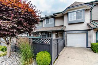 "Main Photo: 9 21015 118 Avenue in Maple Ridge: Southwest Maple Ridge Townhouse for sale in ""AMARA PLACE"" : MLS®# R2475605"