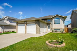Photo 2: 730 Greaves Crescent in Saskatoon: Willowgrove Residential for sale : MLS®# SK817554