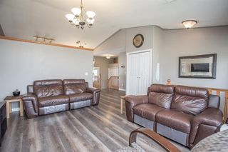 Photo 4: 4702 55 Avenue in Lacombe: Meadowview Village Residential for sale : MLS®# A1021664