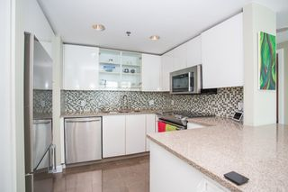 """Photo 12: 1703 889 HOMER Street in Vancouver: Downtown VW Condo for sale in """"889 HOMER"""" (Vancouver West)  : MLS®# R2484850"""