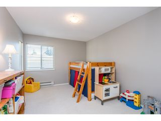 """Photo 23: 18 16016 82 Avenue in Surrey: Fleetwood Tynehead Townhouse for sale in """"Maple Court"""" : MLS®# R2497263"""