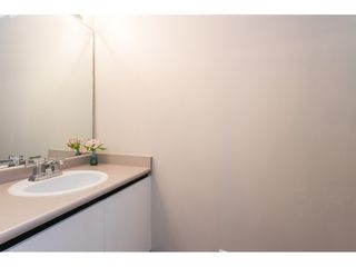 """Photo 18: 18 16016 82 Avenue in Surrey: Fleetwood Tynehead Townhouse for sale in """"Maple Court"""" : MLS®# R2497263"""