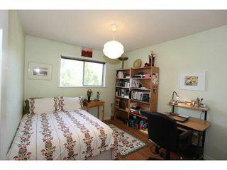 Photo 5: 16284 14 AV in Surrey: King George Corridor Home for sale ()  : MLS®# F1409065