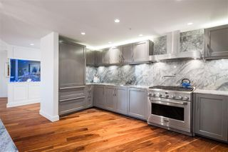 "Photo 13: 3706 1011 W CORDOVA Street in Vancouver: Coal Harbour Condo for sale in ""Fairmont Pacific Rim"" (Vancouver West)  : MLS®# R2504938"