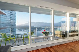 "Photo 5: 3706 1011 W CORDOVA Street in Vancouver: Coal Harbour Condo for sale in ""Fairmont Pacific Rim"" (Vancouver West)  : MLS®# R2504938"