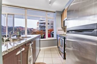 """Photo 4: 1006 892 CARNARVON Street in New Westminster: Downtown NW Condo for sale in """"AZURE 2 - PLAZA 88"""" : MLS®# R2515738"""