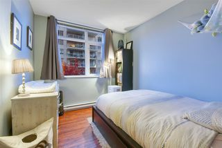 """Photo 13: 1006 892 CARNARVON Street in New Westminster: Downtown NW Condo for sale in """"AZURE 2 - PLAZA 88"""" : MLS®# R2515738"""